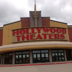 Photo taken at Regal Cinemas MacArthur Marketplace 16 by Janice B. on 5/31/2013