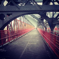 Photo taken at Williamsburg Bridge by Damien on 10/26/2012