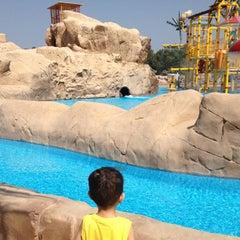 Photo taken at Sunset Beach Resort | منتجع شاطئ الغروب by Sarah A. on 9/19/2012