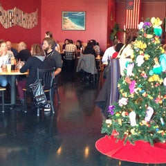 Photo taken at Flip Flops Grill + Chill by David S. on 12/30/2012