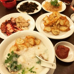 Photo taken at Hong Sin Restaurant by Jimmy Y. on 12/30/2014