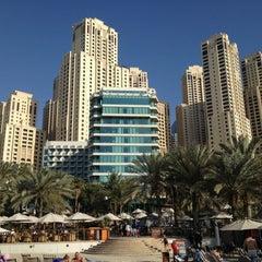 Photo taken at Hilton Dubai Jumeirah Resort by Arun N. on 4/9/2013