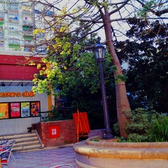 Photo taken at Paseo La Plaza by Cacho on 6/7/2013
