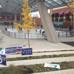 Photo taken at Silver Spring Ice Rink at Veterans Plaza by Torri L. on 10/28/2012
