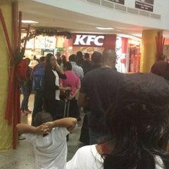 Photo taken at KFC by Omari L. on 1/5/2014