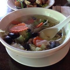 Photo taken at Kozy Corner Thai Cuisine by Daryl C. on 8/18/2014