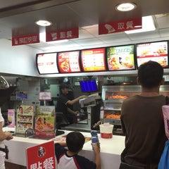 Photo taken at 大潤發 RT-Mart by Katrina Y. on 7/22/2015