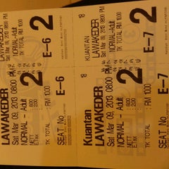 Photo taken at BIG Cinemas by Sharifah F. on 3/9/2013