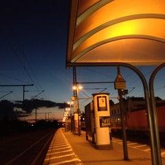 Photo taken at Bahnhof Pinneberg by Björn W. on 6/25/2014