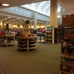 Photo taken at Barnes & Noble by Steve S. on 3/1/2013