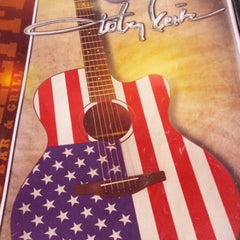Photo taken at Toby Keith's I Love This Bar & Grill by Tanya F. on 7/28/2013