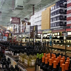 Photo taken at Total Wine & More by Ríon M. on 3/17/2013