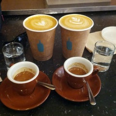 Photo taken at Blue Bottle Coffee by Birkan I. on 4/11/2013