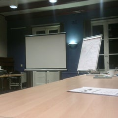 Photo taken at Conferentiecentrum Hoorneboeg by Arjen v. on 10/31/2013