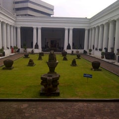 Photo taken at Museum Nasional Indonesia by Isminila S. on 5/5/2013