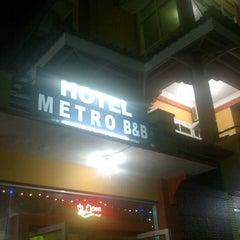 Photo taken at Hotel Metro B&B by 'ekabees' COWMANIA E. on 4/1/2013