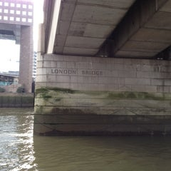 Photo taken at London Bridge by Godeke H. on 12/8/2012