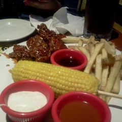 Photo taken at Chili's by Lei V. on 11/12/2012