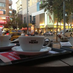 Photo taken at Caffè Nero by Erkan E. on 8/5/2013