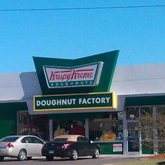 Photo taken at Krispy Kreme Doughnuts by Steven M. on 10/20/2012