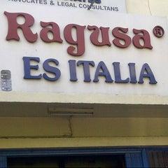 Photo taken at Ragusa Es Italia Restaurant & Ice Cream by Infanti Wisnu W. on 11/17/2012