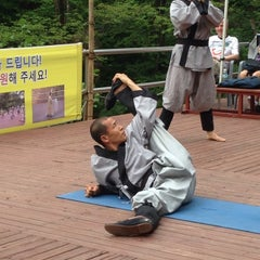 Photo taken at 골굴사 (骨窟寺, Golgulsa) by Deborah S. on 7/16/2014