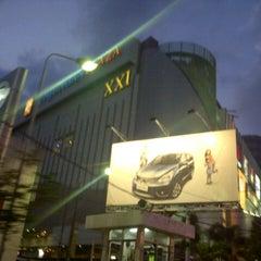 Photo taken at Tunjungan Plaza by Siti R. on 8/10/2013