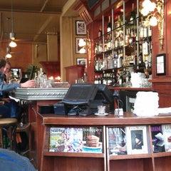 Photo taken at Café de la Presse by Mafesto on 5/17/2013