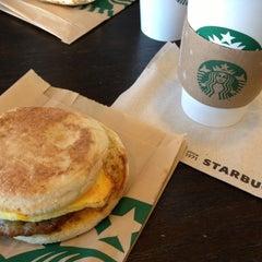 Photo taken at Starbucks by Evan[Bu] on 10/28/2012