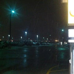 Photo taken at Kansas City International - Terminal B Parking by Shannon W. on 3/22/2013