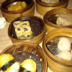 Photo taken at Bamboo Dimsum by Sonya V. on 7/17/2014