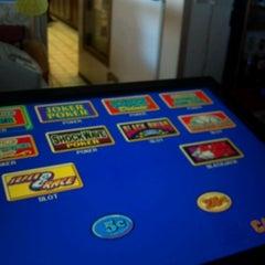 Photo taken at Muddy River Bar & Grill by chopperlasvegas on 10/4/2012