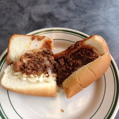 Photo taken at Milwaukee Wiener House by Mike H. on 8/14/2014