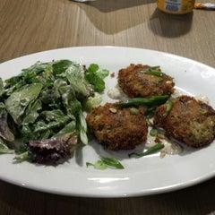 Photo taken at Jimmy'z Kitchen Pinecrest by Cara P. on 11/5/2014
