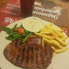 Photo taken at SteakHotel by Holycow! by Yanty P. on 4/6/2016
