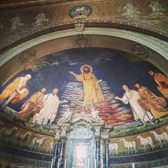 Photo taken at Basilica S.Cosma e Damiano by BuzzInRome on 8/18/2013