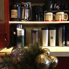 Photo taken at Starbucks by Elle B. on 11/30/2012