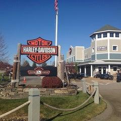 Photo taken at Seacoast Harley-Davidson by Tania A. on 11/17/2013