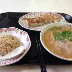 Photo taken at 餃子の王将 君津店 by Tatsuhiro A. on 3/1/2014