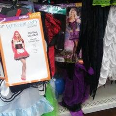 Photo taken at Walmart Supercenter by Marce E. on 10/7/2015