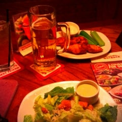 Photo taken at Outback Steakhouse by Yesenia B. on 10/11/2012