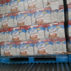 Photo taken at Walmart DC #6096 by Ben on 3/27/2013