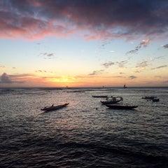 Photo taken at Elks Lodge 616, Honolulu by Frank G. on 12/17/2014