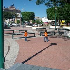 Photo taken at Jardín Niños Héroes by Octavio C. on 11/17/2013