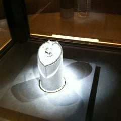 Photo taken at Hope Diamond Exhibit by Edmund T. on 1/17/2013