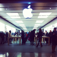 Photo taken at Apple Store, Pacific Centre by Leo C. on 10/24/2012