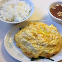 Photo taken at 中華シブヤ by Shigeko on 11/2/2012