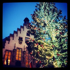 Photo taken at Frankfurter Weihnachtsmarkt by Laura S. on 12/2/2012