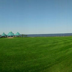 Photo taken at Raritan Bay Waterfront Park by George L. on 7/16/2015