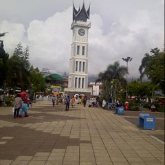 Photo taken at Jam Gadang by Cepi R. on 11/26/2012